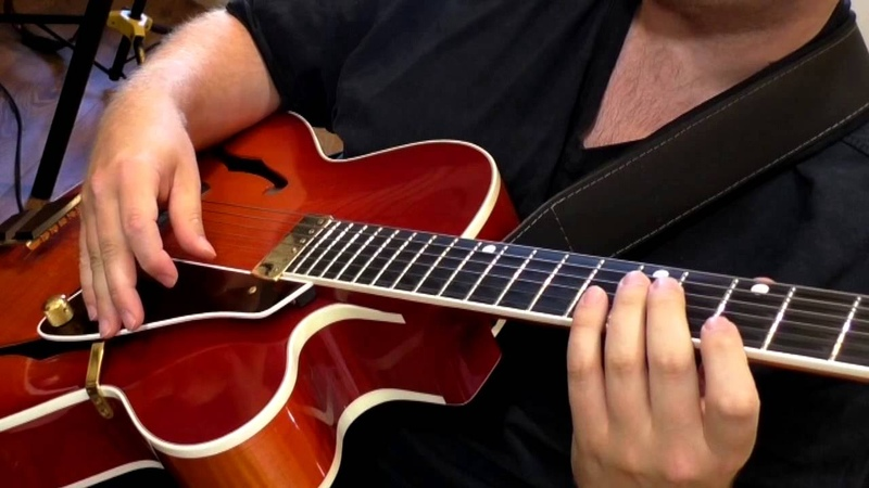 Wes Montgomery style thumb down up strokes Jazz Guitar Lesson