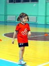 Какими качествами должна обладать девочка, чтобы играть в футбол?