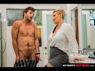 Naughty America - My Friend's Hot Mom / Ryan Keely & Lucas Frost