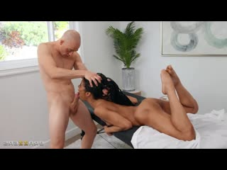 Kira Noir - Stone Cold Massage