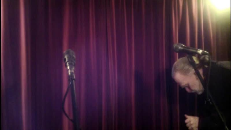 Mating Season Fog Live Stream Online Live Honky Tonk Bar Show 3 Chords The Truth ALL Q's R A'd Tonight A Corona Medici