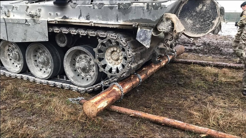 Танковый метод самовытаскивания авто Нужна только веревка
