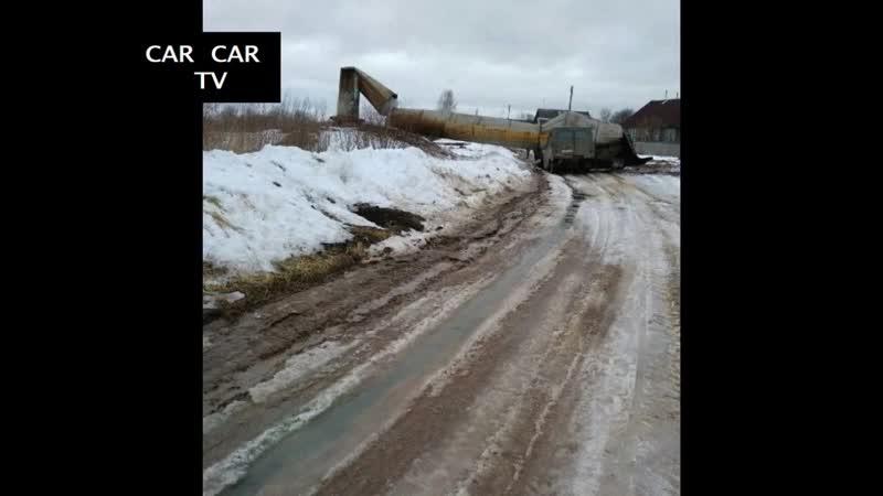 В России появилась Пизанская падающая башня Car car TV
