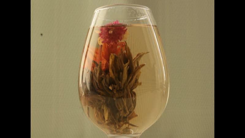 Заваривание цветочной корзины Связанный чай