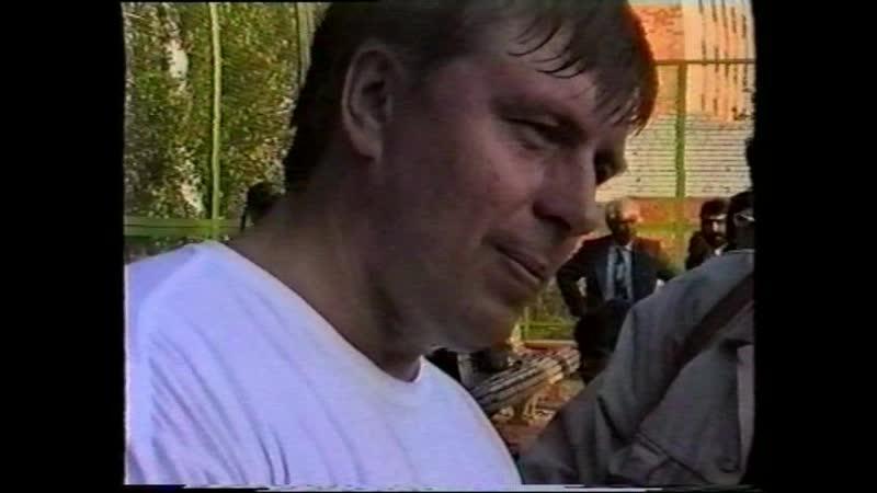 1993 08 23 Климентьев и Немцов играют в теннис