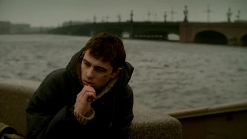 """Кадр из фильма """"Брат"""". Источник: bigpicture.ru"""