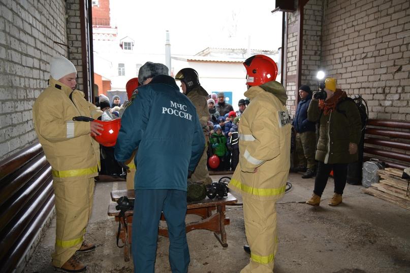 В Коврове прошел день открытых дверей посвященный 116-летнему дню рождения пожарного депо., изображение №5