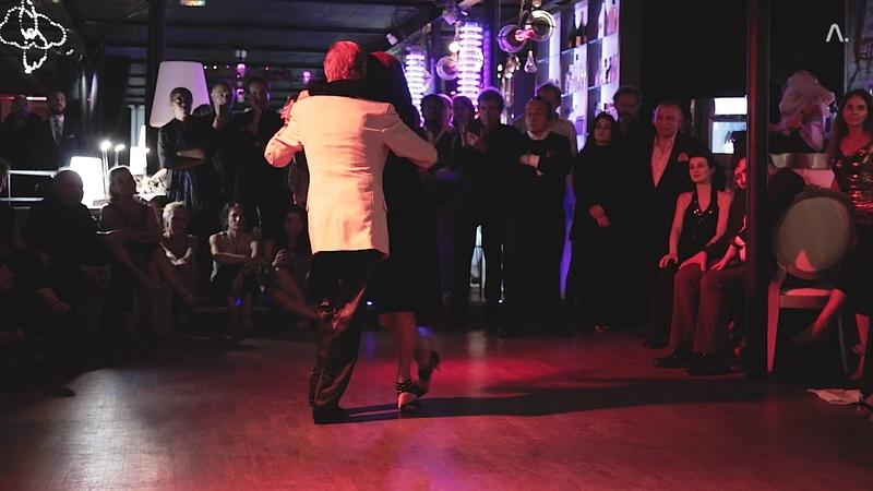 El Flaco Dany y Sandrine Navarro bailando Recuerdo