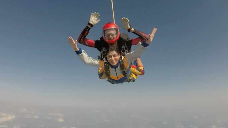 Мой прыжок с парашютом в тандеме.