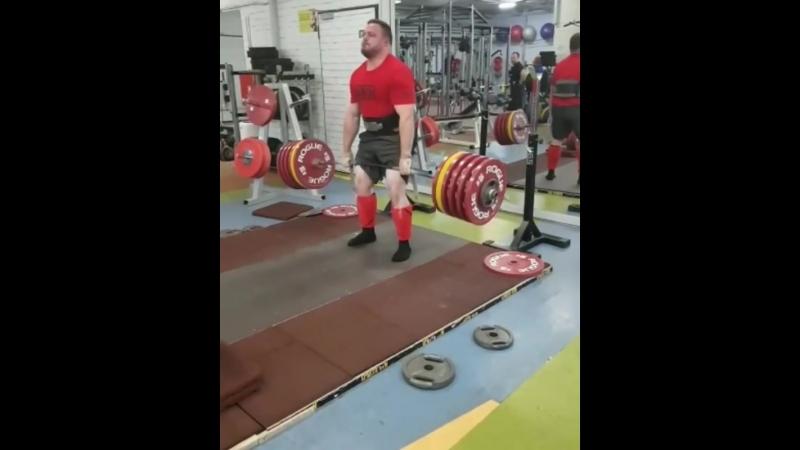Матиас Белшак (Словения), становая тяга без экипировки - 375 кг, подготовка к АК - 2018 💪