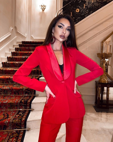 СМИ пишут, что любовницей Джигана была... Нина Липкина, модель.