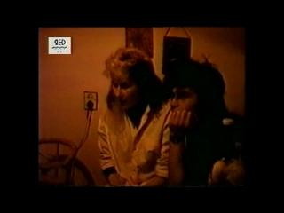 Джоанна и Юрий дома у Виктора Цоя 1986 группа Кино