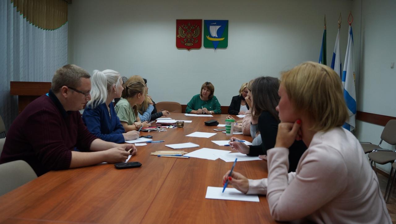 Круглый стол: чего хочет молодежь Приморского района?