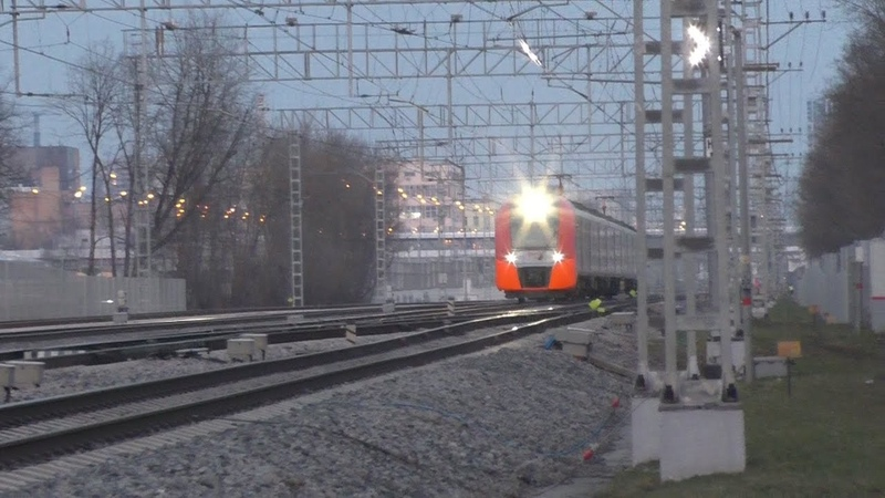 Электропоезд ЭС2Г 083 Ласточка на МЦК