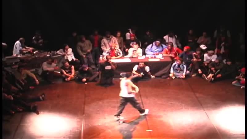 Bboy Crumbs USA Vs Benji France 8 Round Bboy Battle 2002 France