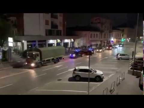 Lastwagen mit Leichen von Opfern der COVID19 in Italy