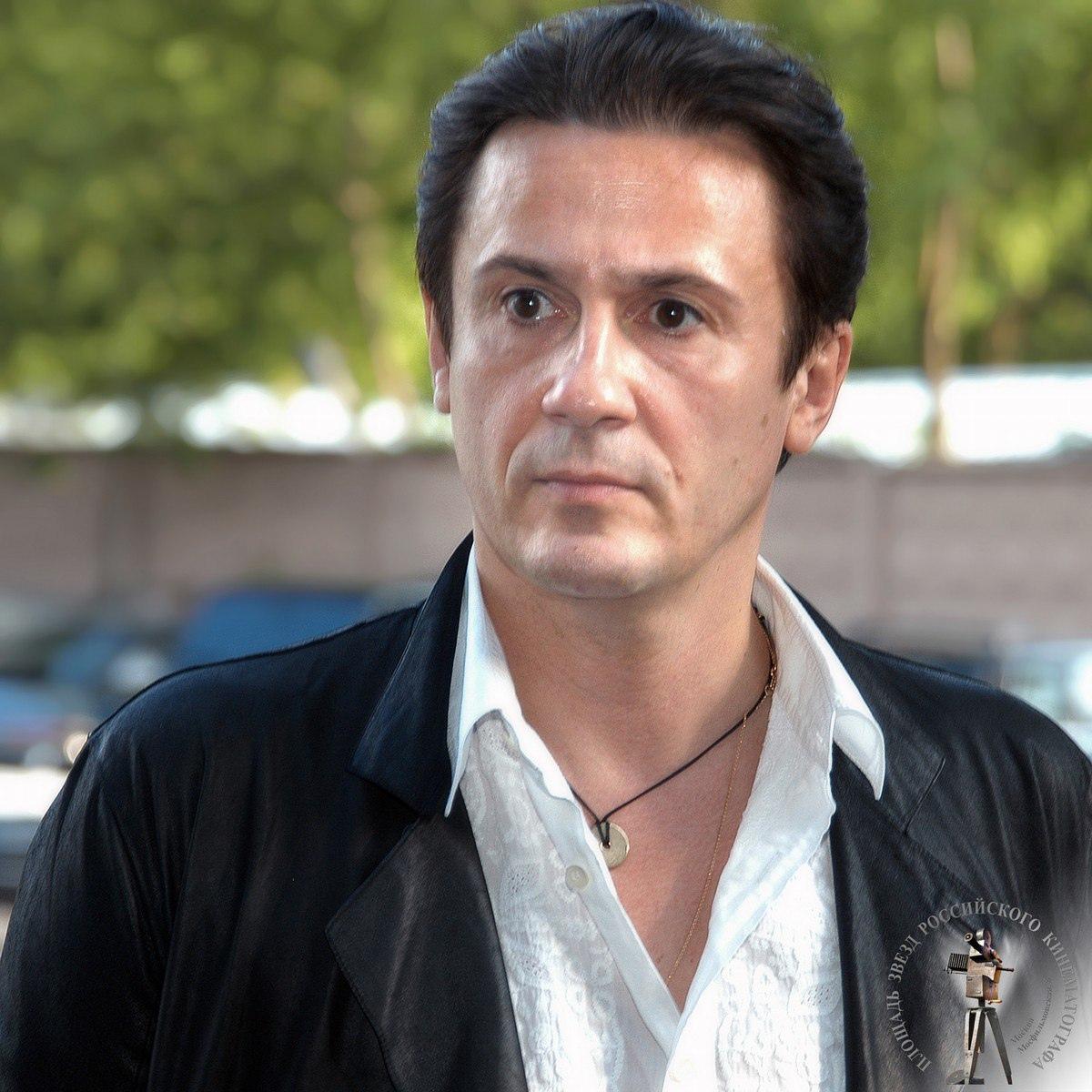 Сегодня свой день рождения отмечает Меньшиков Олег Евгеньевич.