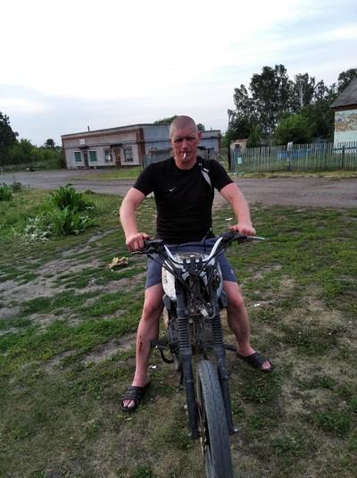 Михаил, 38, Leninsk-Kuznetsky