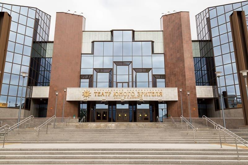 Первого июня, в День защиты детей, Саратовский ТЮЗ имени Ю.П. Киселёва начинает онлайн-марафон детских спектаклей