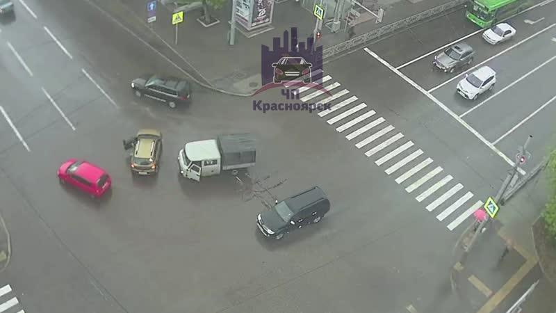 Ленина - Робеспьера 07.05.2020 ЧП Красноярск