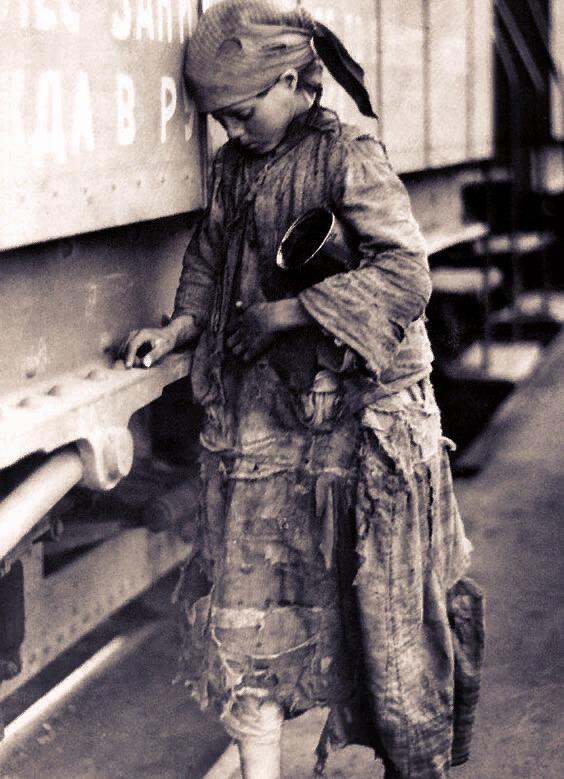 Беспризорники и детская проституция в СССР