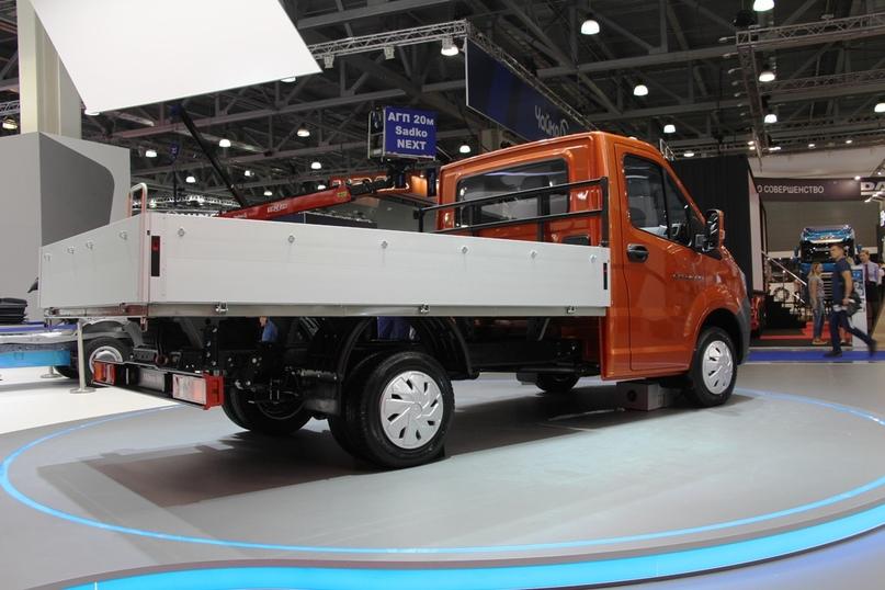 New Next: ГАЗ показал обновленную Газель на выставке Комтранс, изображение №15