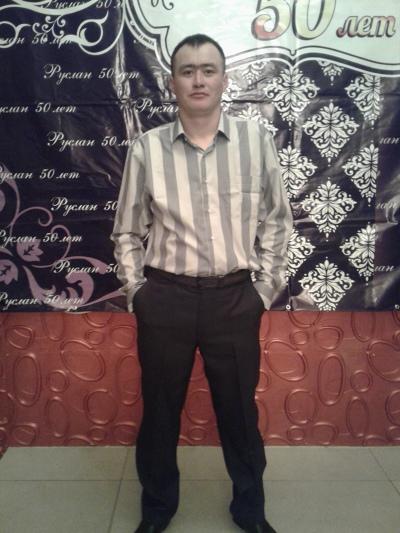 Адлан, 31, Zhezkent