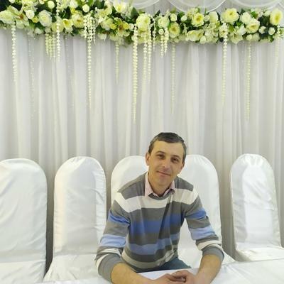 Dmitriy, 41, Ocnita