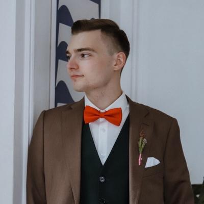 Илья Ломоносов