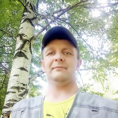 Юрий, 42, Kharovsk