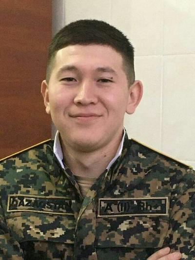 Айсултан, 21, Aktau
