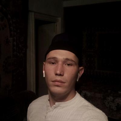 Николай, 24, Uglovaya